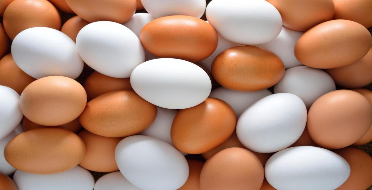 EGGS for Vitamin A